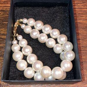 Large pearl double strand bracelet
